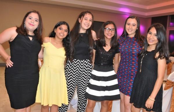 Laura Torres, Angie Villalobos, Ana Nuñez, Gennesis Zelaya, Daniela Calderón e Irene Urbina