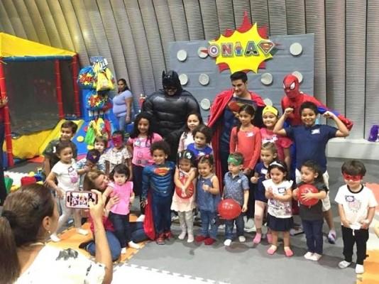 Onias Peralta celebrando su tercer cumpleaños