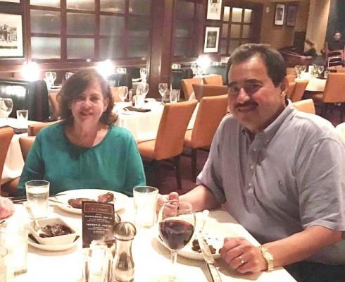 Pedro Cobos y su esposa Maribel han celebrado a lo grande sus 30 años de vida matrimonial ¡Felicidades!!