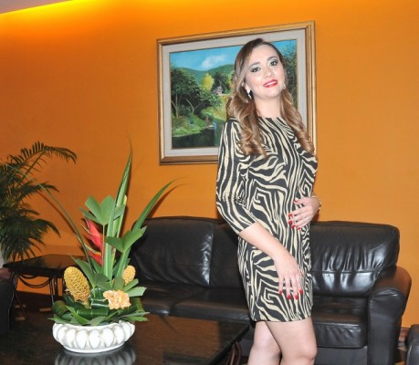 Tras 1 año de su primer encuentro, Birnely Mejía y su prometido Alex Soto contraeran matrimonio en noviembre del 2019 en Canadá