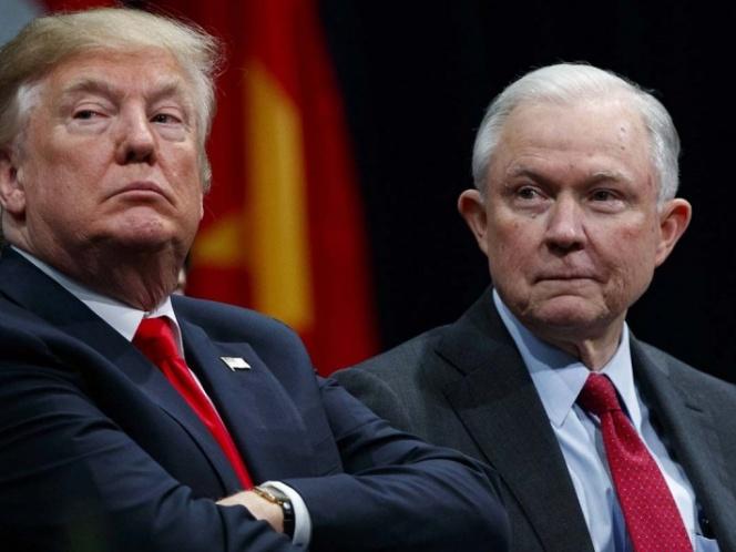 Donald Trump anuncia la 'renuncia' del fiscal general Jeff Sessions