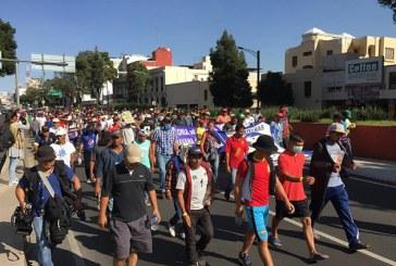 Caravana de migrantes decidieron salir de Ciudad de México rumbo a los EEUU a pie