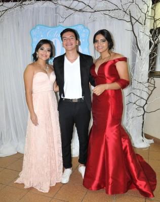 Abigail Cerrato, Diego Herrera y Karen Rubí