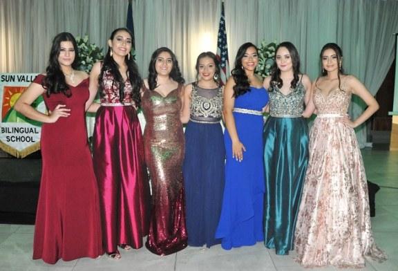 Generación 2018 de la Sun Valley Bilingual School sonríe al éxito