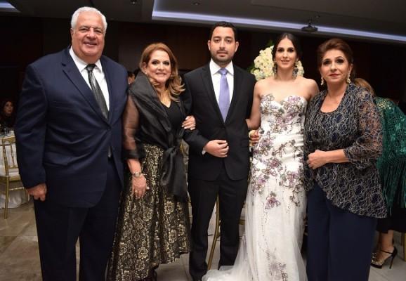 Daniella y David junto a sus padres, Élida y Kamal Dieck, y Lima de Bendeck