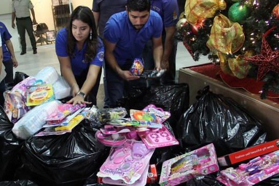 Al menos mil niños de hospitales y fundaciones de San Pedro Sula reciben juguetes