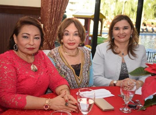 Gabriela Mejía, Vilma Rosales y Vilma Gonzáles