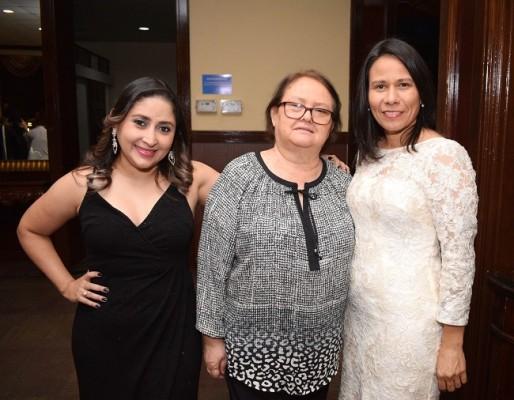 Jackeline Gonzáles, Gloria Noreña y Marla Guifarro