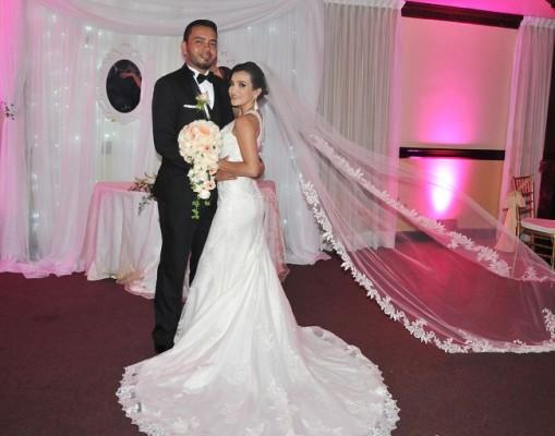 Jeydy Perdomo y Melvin Gavarrete arrasaron en las redes sociales con su inolvidable boda.
