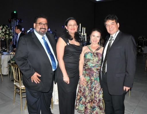 José Luis Prieto, Yadira Fajardo, Sandra de Castro y William Castro