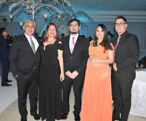 Juan Ramón Montes, Silvia de Montes, Christian Montes, Alejandra Montes de Granados y Sergio Granados