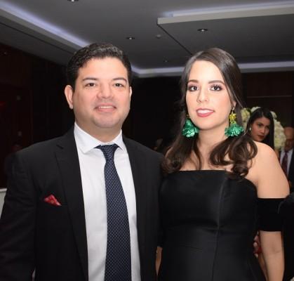 Kamal Dieck Jr. y Daniela Alvarenga