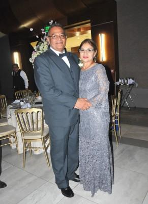 Los padres del novio, Óscar Orlando Delgado y Emma Salvadó