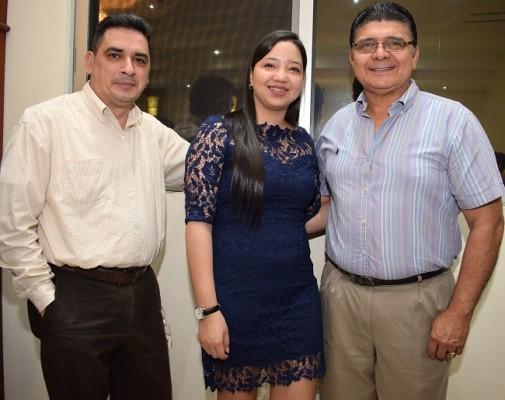 Manuel Sabillón, Elizabeth Benítez y Armando Enamorado