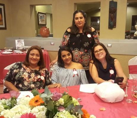 Mirian Rivera, Judith Villanueva, Maribel Maradiaga y Luelin Morales