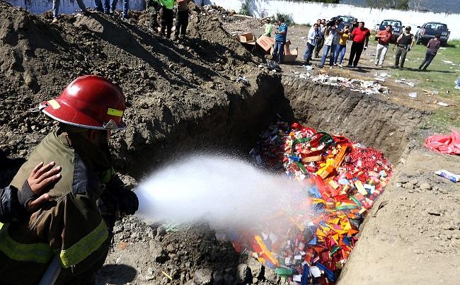 Destruye pólvora decomisada en diferentes sectores de San Pedro Sula