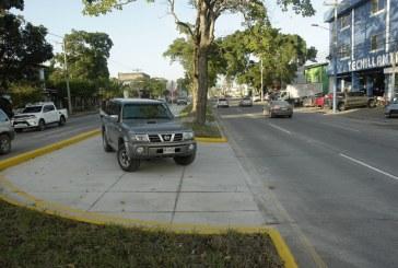 Habilitan retorno en la avenida circunvalación entre la 4 y 6 calle del sector sureste de San Pedro Sula