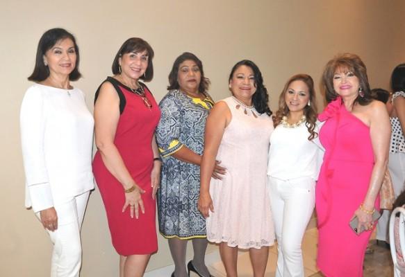 Rita Handal, Gladys Leiva, Norma Castillo, Irma Flores, Lorna Avendaño y Maritza Soto de Lara
