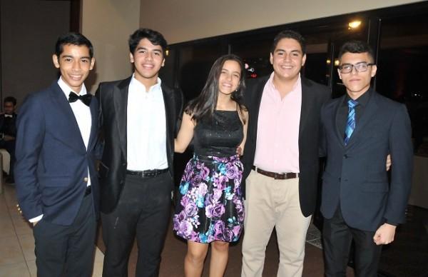 Rommel Luque, Roy Luque, Natalia Suazo, Octavio Figueroa y Yany Manueles