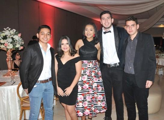 Rosembert Ayala, María Fernanda Caballero, Katia Rivera, Miguel Izaguirre y René Perdomo