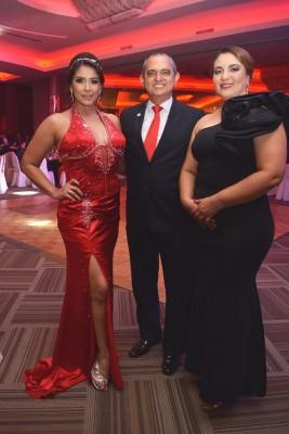 Ruth Arita, Javier Mejía y Carolina Ardón