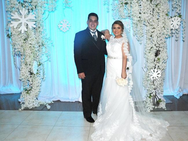 Arnold y Karely: romanticismo inspirado en una boda de invierno