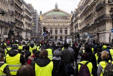 Reportan 30 detenidos tras protesta de los chalecos amarillos en Francia