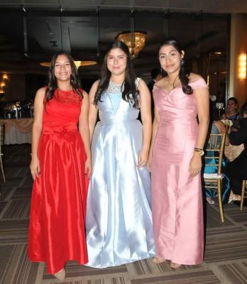 Alejandra Figueroa, Hillary Figueroa y Paola Amaya