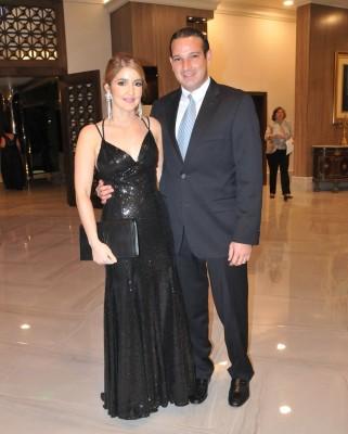Aron Molina y Alejandra Dieck