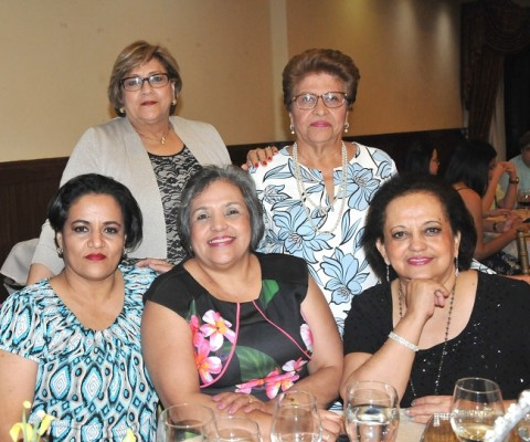 Blanca Palacios, Rosaura Reyes, Marisol Haylock, Mirna Alvarenga y Sandra García