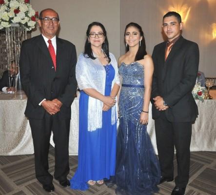 Dagoberto Amador, Eulalia Cerella, Tiffany Martínez y Allan Cerella