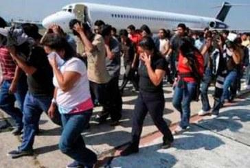 99 hondureños deportados de EEUU arribaron este miércoles a San Pedro Sula