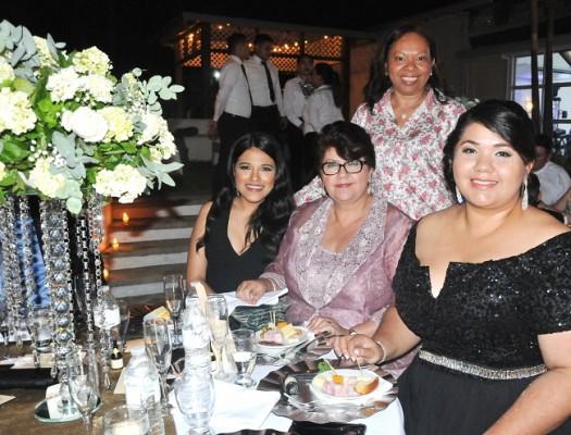 Esly, Alba, Gracibel y Eloísa Gómez