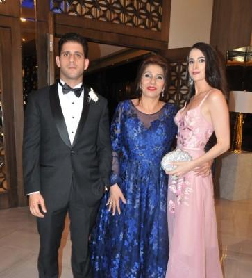 Fernando Bendeck, la madre de la novia, Lima Zgheibra y Sofía Bendeck