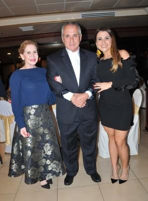 Hizbel Landa, Manuel Landa y Andrea Quintana Landa