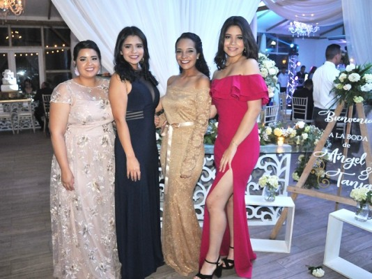 Irina Pereira, Andrea Altamirano, Sofía Pereira y Ana Altamirano