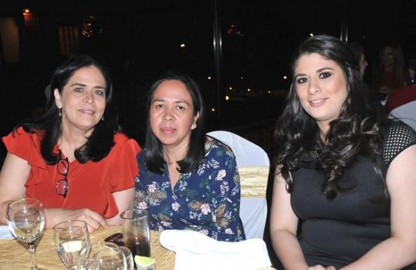 Iris Hernández, Mery Guillén y Bárbara Bodden