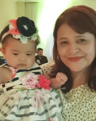 Isis Contreras con Charlotte Sophia