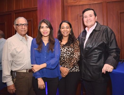 Jorge Marinakis, María Luisa Smith, Leslie Mejía y Hernando Moreno
