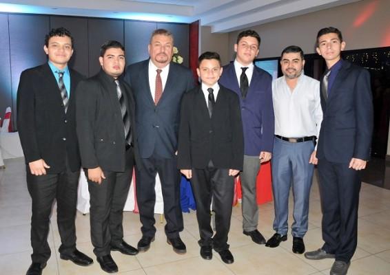 José Miguel Melgar, Javier Baltodano, José Melgar, Anthony Melgar, José Melgar Jr, Henry Rivera y Douglas Melgar
