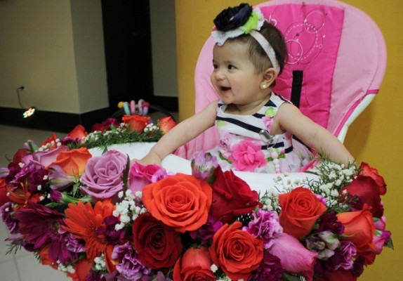 La silla de Charlotte Sophia fue especialmente decorada por su abuela, Nolvia Mejía.