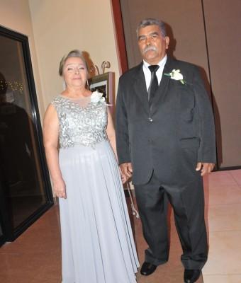 Los padres de la novia, Norma Bonilla y Hermenegildo Dubón