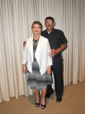 Los padres del novio, Rosy Alvarado de Coto y Óscar Coto