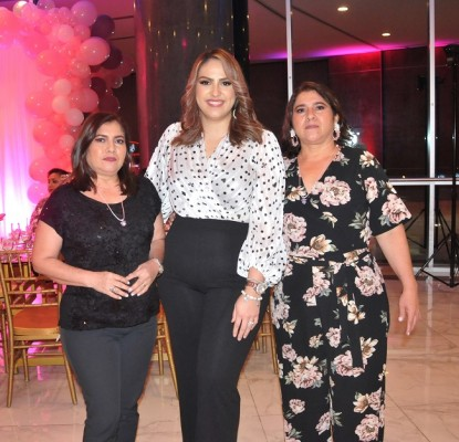 Marta Paz, Olga García y Emilia Paz