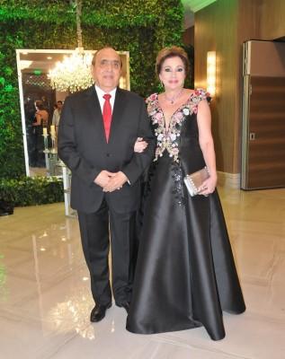 Nancy de Handal y su esposo, Farid Handal