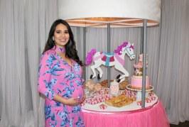 Un carrusel de ternura en el baby shower de María Fernanda