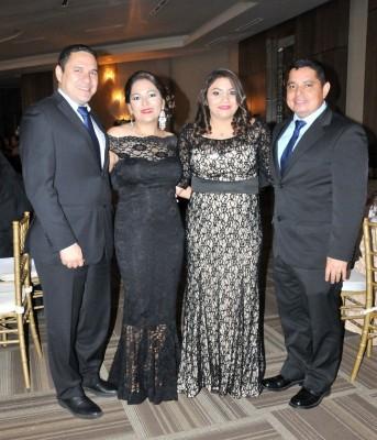 Ramón Ramos, Cindia Matute, Sinia Mejía y Alejandro López