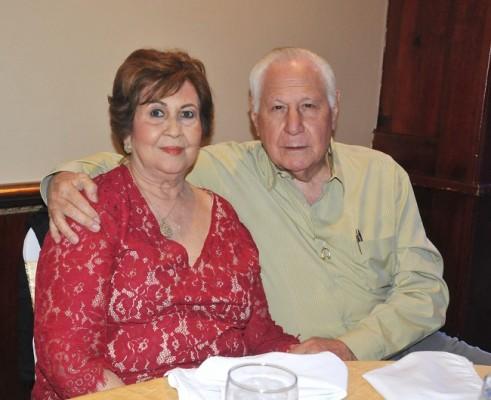 Rosario y Manolo Marinakys