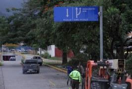 Alcaldía sampedrana instala señales verticales para orientar a los conductores