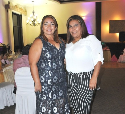 Suyapa Urbina y Karla López